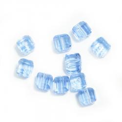 Комплект голубых  бусин  кубиков (10 шт.)