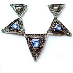 Декоративный элемент из треугольников