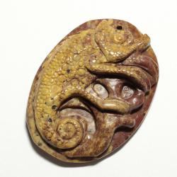Резной кулон из коричневой яшмы Хамелеон